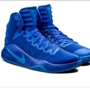 NEW Nike Hyperdunksize 14